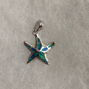 Sterling Silver Pendant Starfish w/ Lab Opal